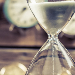 Image of hourglass